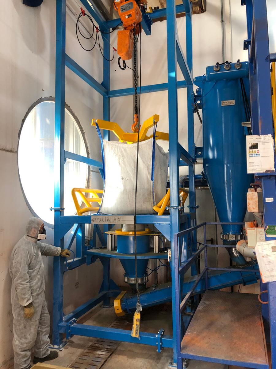 Big bag dosing machine feeding system