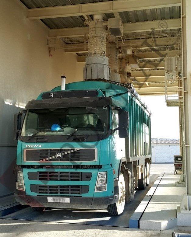 Open truck telescopic loading chute