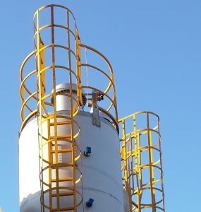 Stainless steel silo and jet filter