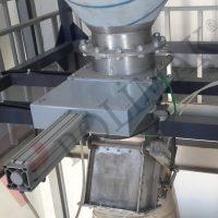 Slide gate valve diverter valve silo discahrge